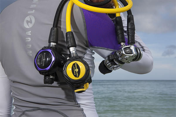 How to Survive Your First Scuba Diving Experience