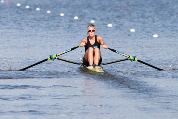 Survive a Rowing Contest with These Tips